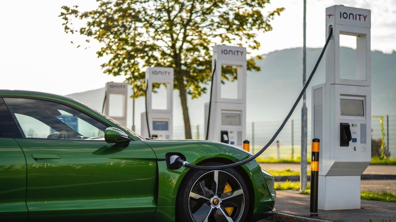 Porsche-Schnellladenetz