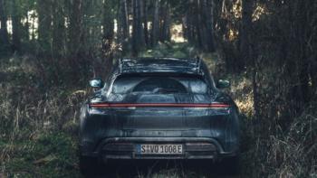 Porsche-Taycan-Cross-Turismo-Härtetest-Heck
