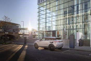 Land Rover Discovery Sport und Evoque künftig nur noch elektrifiziert
