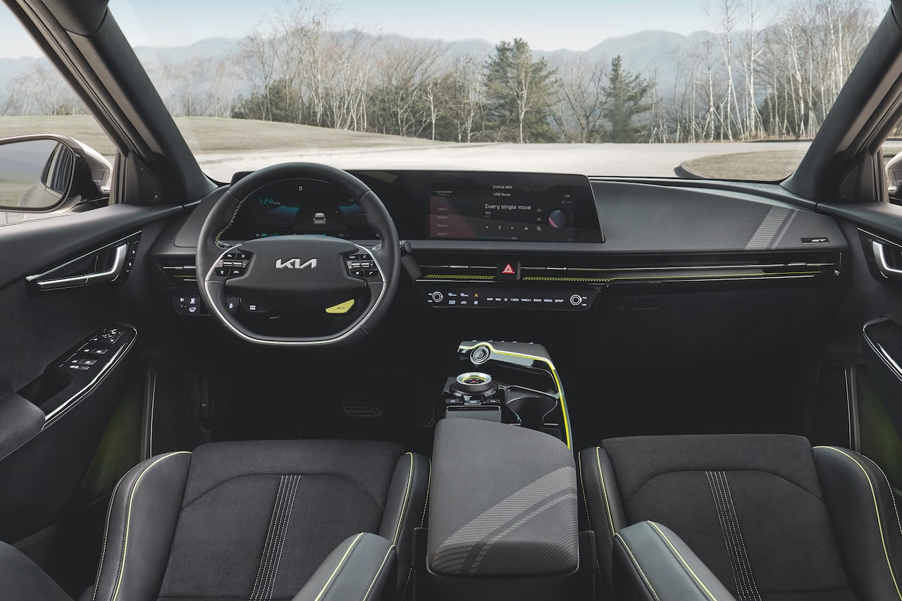 Kia-Elektroauto-EV6-GT-Cockpit