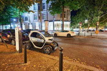 Berlin bleibt Spitzenreiter bei Ladesäulen