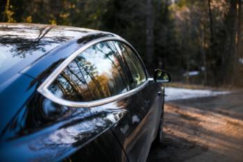 Tesla stellt mit 184.000 Fahrzeugauslieferungen im Q1 2021 neuen Rekord auf