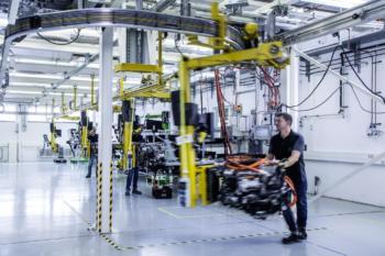 cellcentric: Daimler und Volvo kooperieren bei Wasserstoff-Trucks