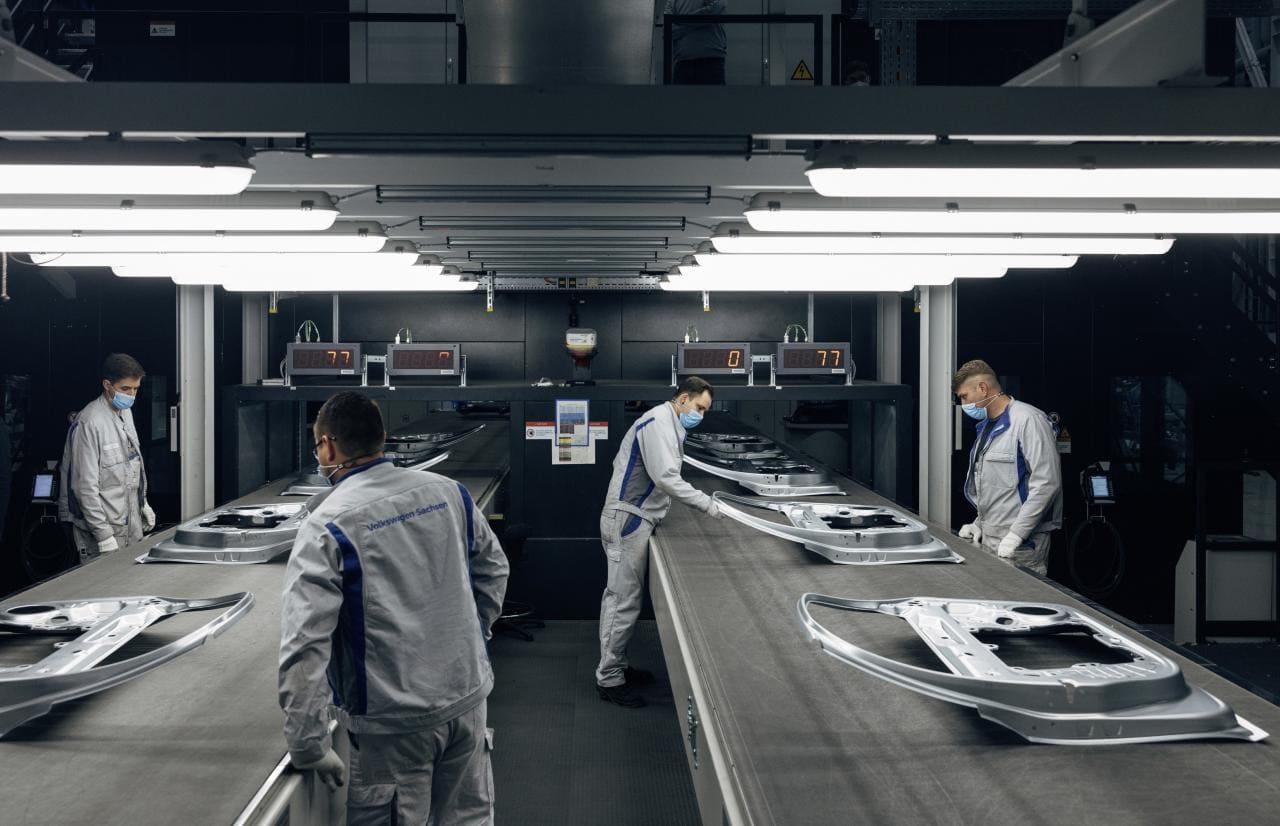 VW-Presswerk in Zwickau spart 9000 Truck-Touren