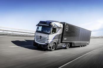 Daimler-GenH2-Wasserstoff-Truck