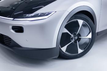 Zehn Prozent leichter: Bridgestone entwickelt spezielle Elektroauto-Reifen für Lightyear One