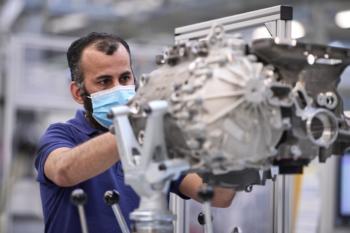 BMW startet Bau von E-Antrieben für iX und i4 in Dingolfing