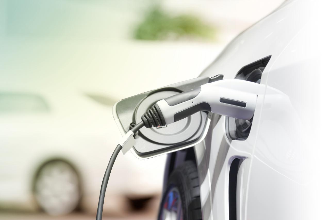 Studie: Ab 2027 sind E-Autos billiger als Verbrenner