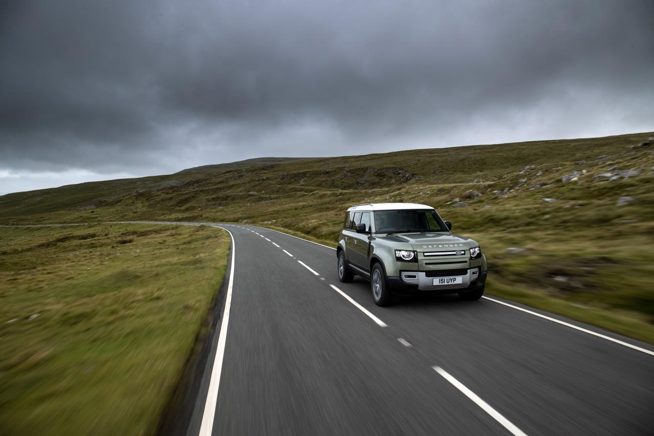 Jaguar Land Rover entwickelt Wasserstoffantrieb für den Defender