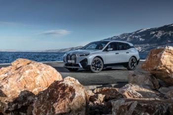 BMW iX: Technologie-Flaggschiff startet im November