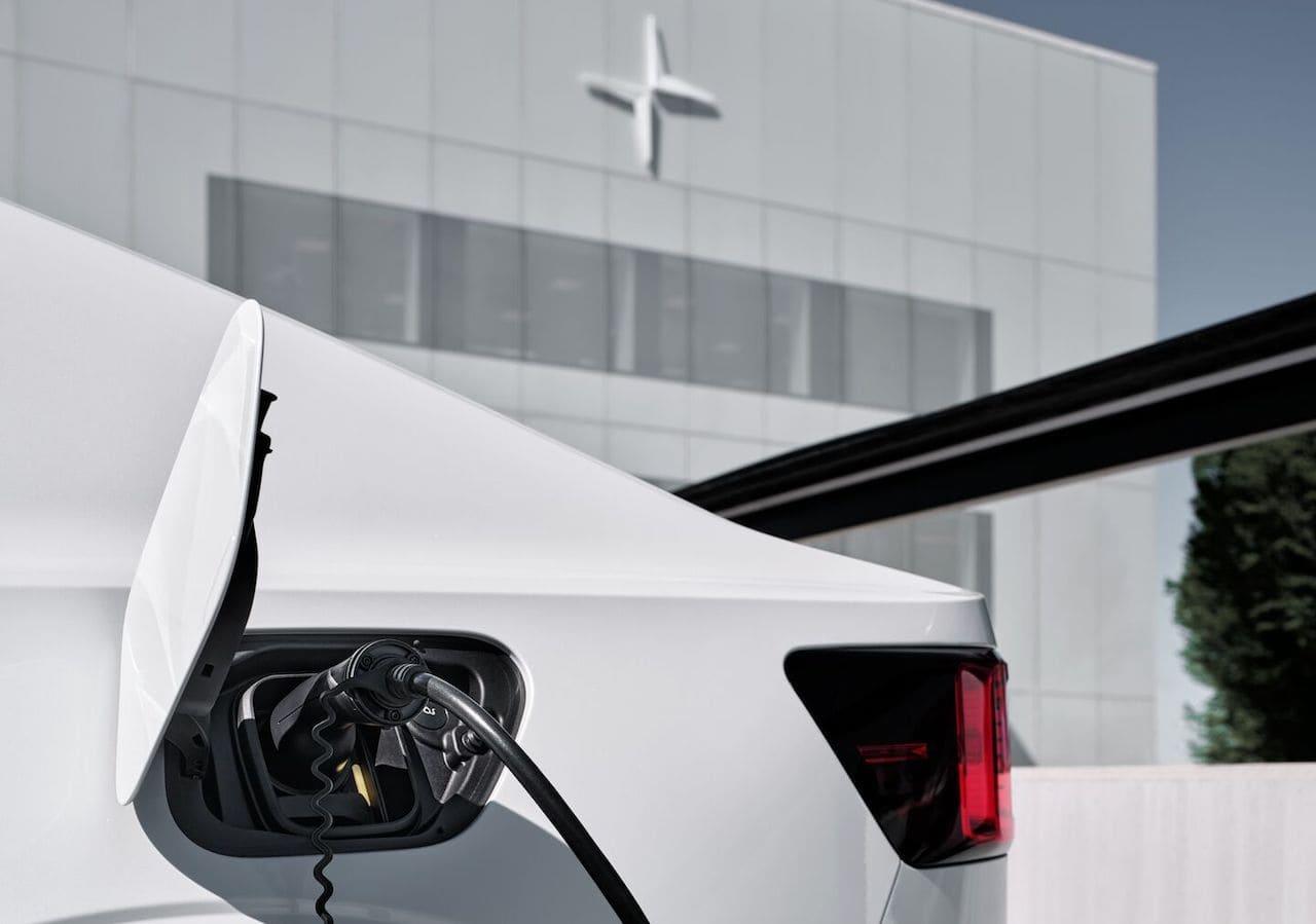 Volvo-Ionity-Polestar-Plugsurfing