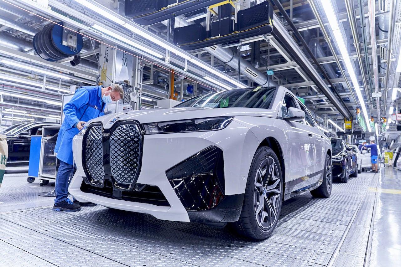 BMW-Produktion-Elektroauto-iX