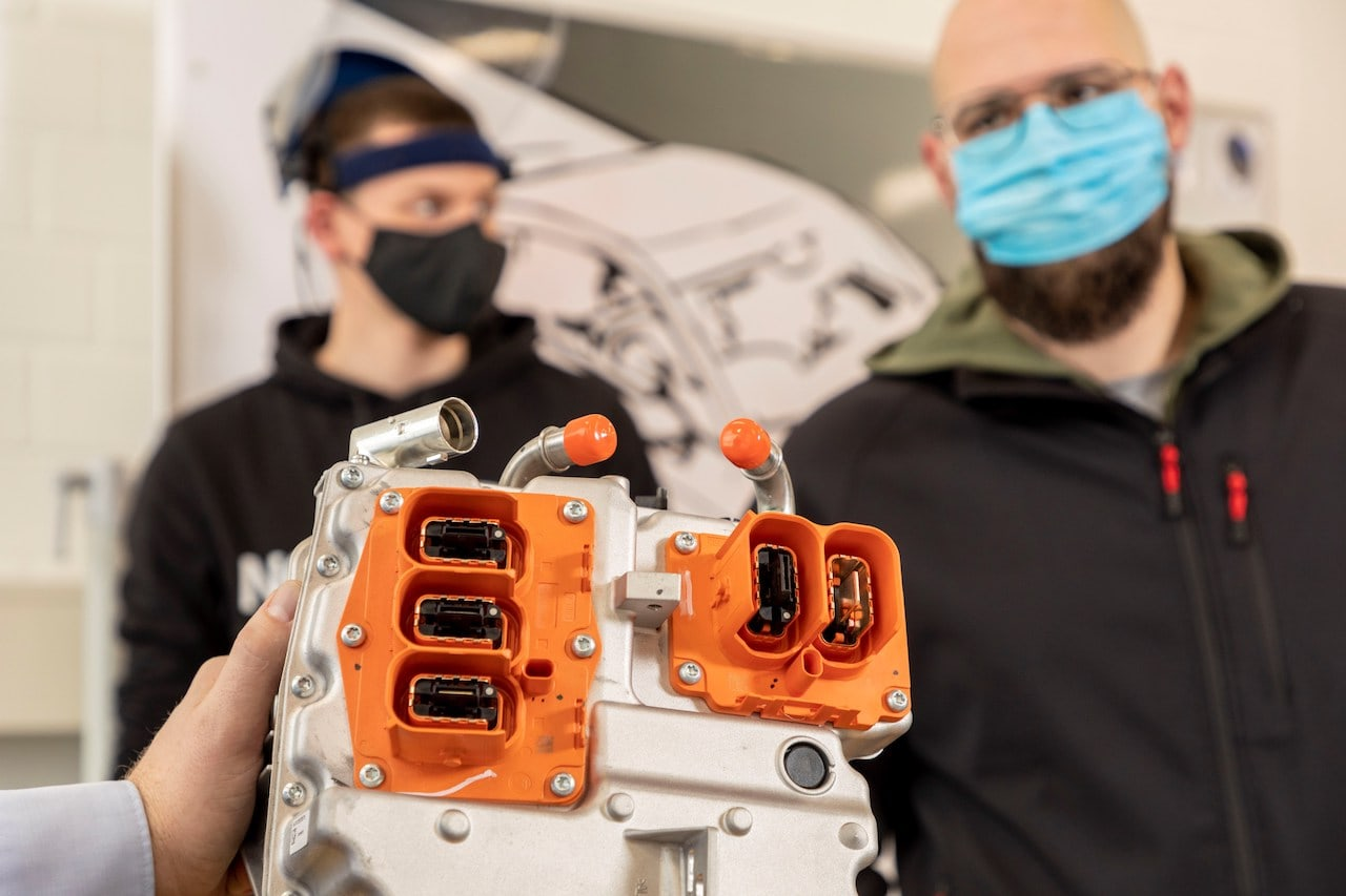 """Volvo Hochvolt-Training """"Fit for Electric"""""""