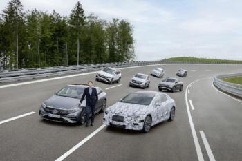 Mercedes-Benz stellt die Weichen für ein vollelektrisches Zeitalter