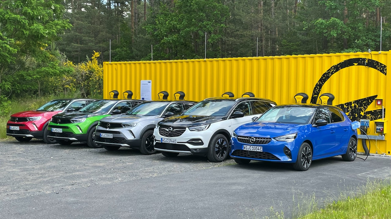 Opel-Elektroauto-Ladeinfrastruktur-Second-Life