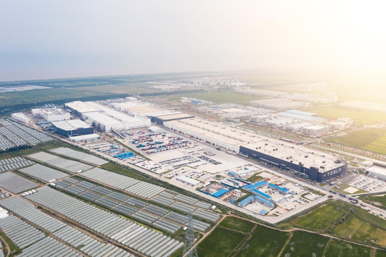 Teslas Giga Shanghai erreicht Produktionskapazität von 450.000 E-Autos/ Jahr