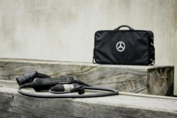 Mercedes-Lade-Set: Damit es nicht am Stecker scheitert