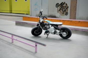 BMW-Elektro-Motorrad-Concept-02