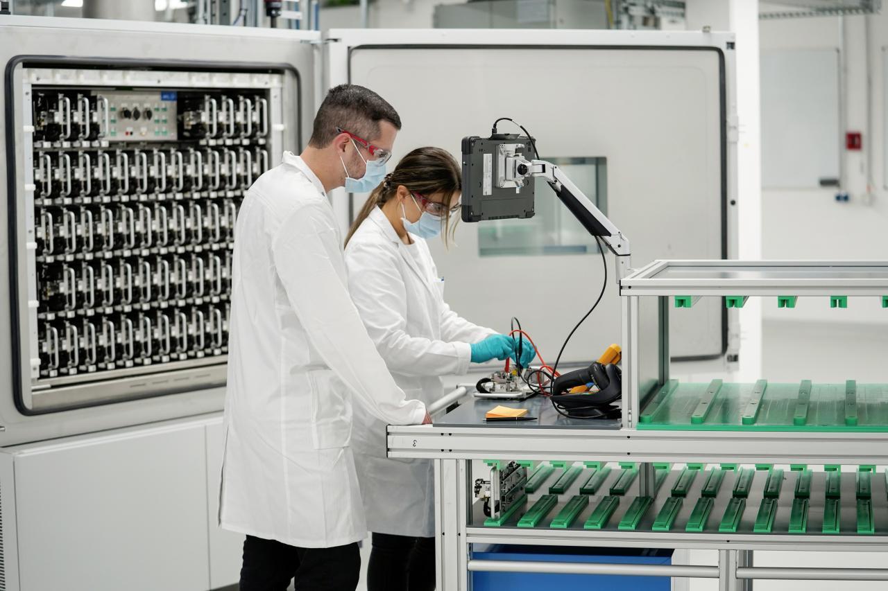 VW-Vorstand: Bauen Zellen selbst - so wie bisher Motoren