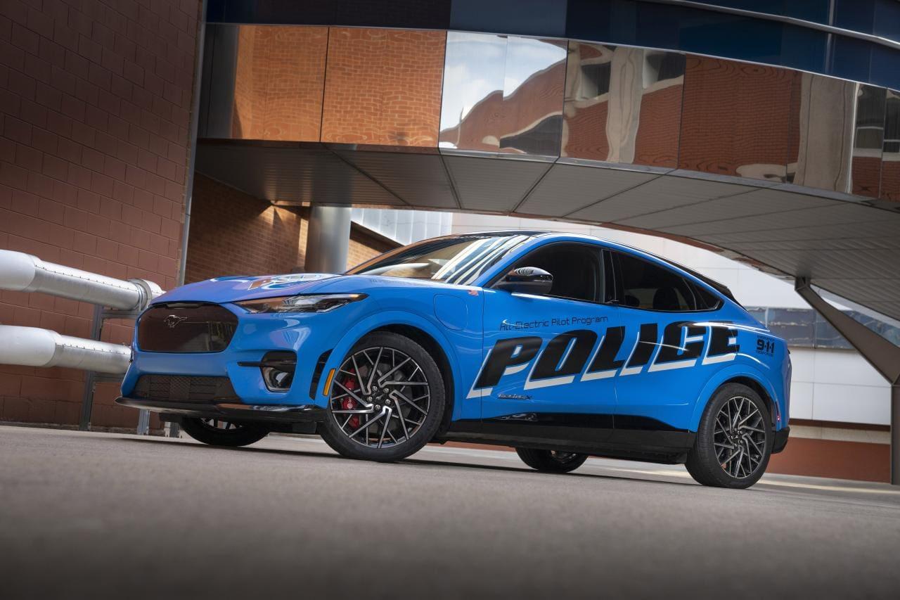 Ford stellt Mustang Mach-E für Polizei in USA und Großbritannien vor