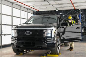 Ford schafft 450 weitere Arbeitsplätze für die Massenproduktion des F-150 Elektro-Pick-up