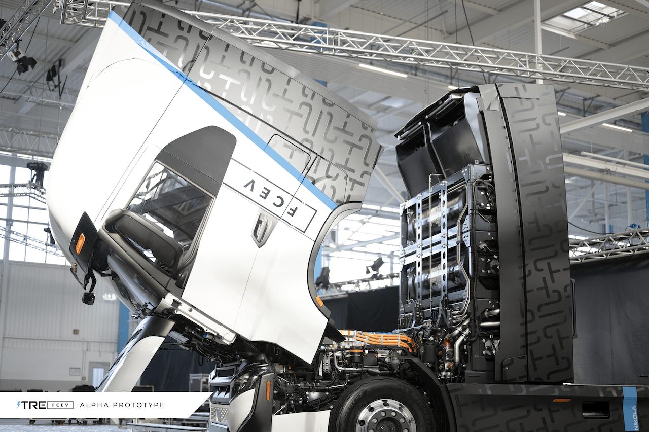 Iveco und Nikola eröffnen Werk für H2- und E-Lkw in Ulm