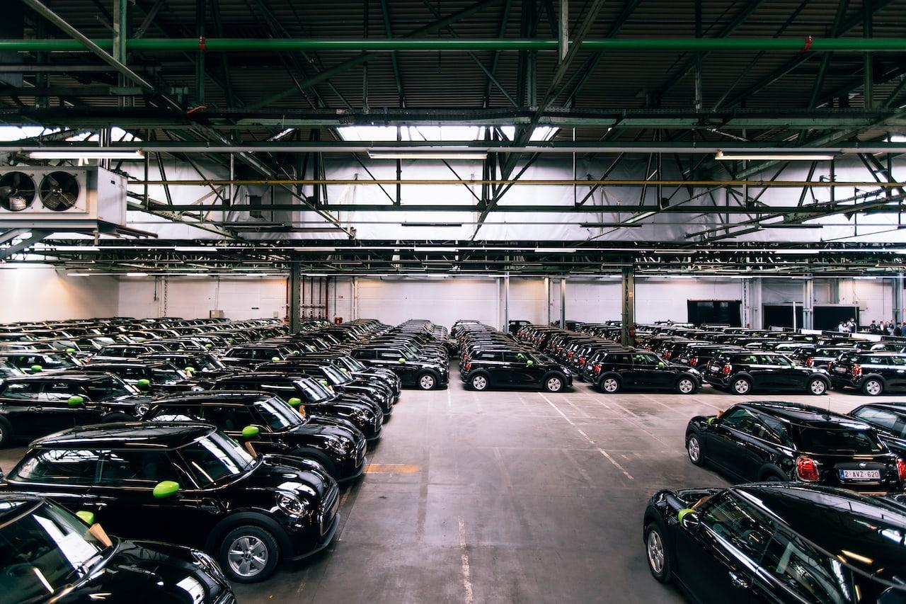 BMWs bisher größte Auftrag in Europa: Deloitte bestellt weitere 140 Mini Electric