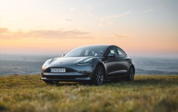 """Obrist: Nach dem Tesla Model 3 als HyperHybrid folgt """"flüssiger Strom"""""""