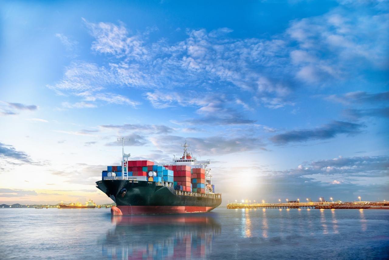 Erstes autonomes, emissionsfreies Frachtschiff sticht in Norwegen in See