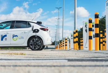 """""""Electric City Rüsselsheim"""": Zweite Ladefarm am Netz"""
