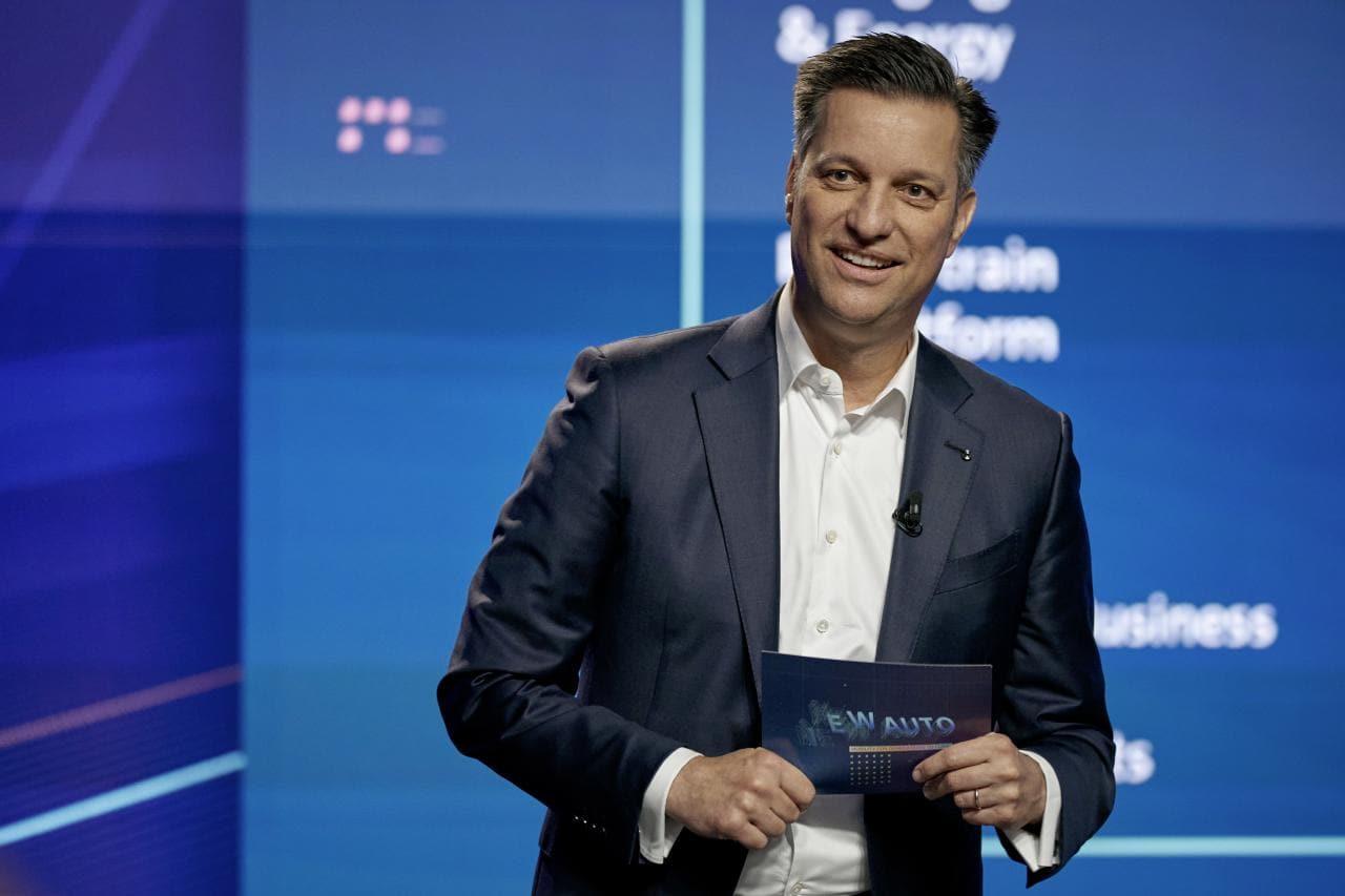 Batterie-Rohstoffkreislauf und Umbau der Energiewirtschaft aus Sicht von VW-Vorstand Schmall