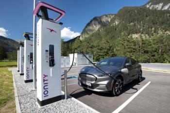 IONITY setzt europaweit auf Plug & Charge-Funktion