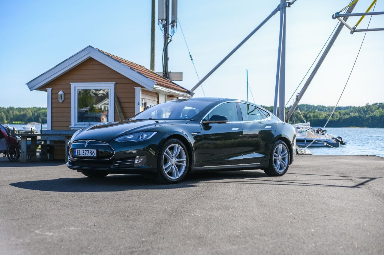 Tesla kommt in Europa wieder auf die Überholspur